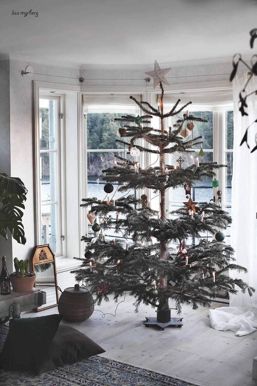 klä julgranen i enkel stil