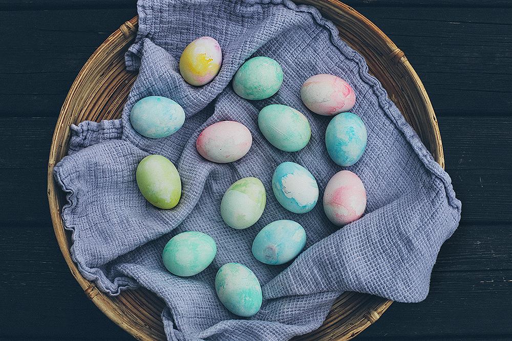 Pastellfärgade ägg, Picklade ägg och en vårplantering