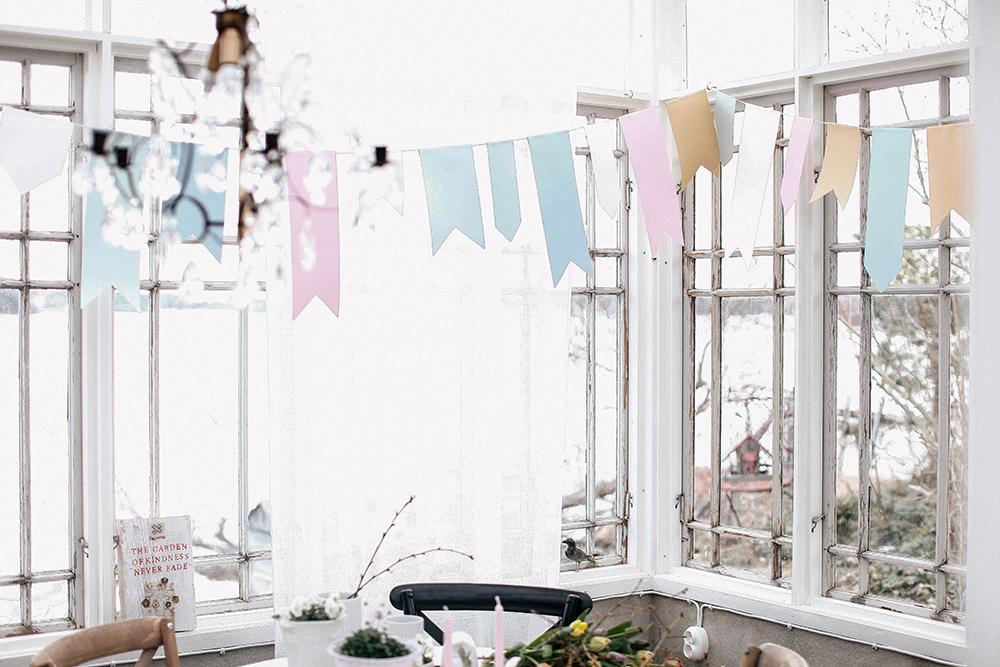 Pastellfärgat flaggspel i växthuset, såhär gjorde jag!